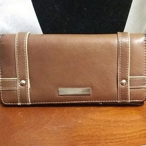 Kenneth Cole Wallet ♦Firm Price♦